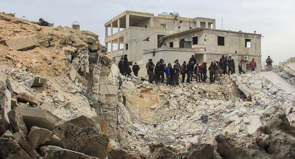 Reddingswerkers zochten door het puin naar overlevenden na de aanslag op 17 maart. Foto: AFP