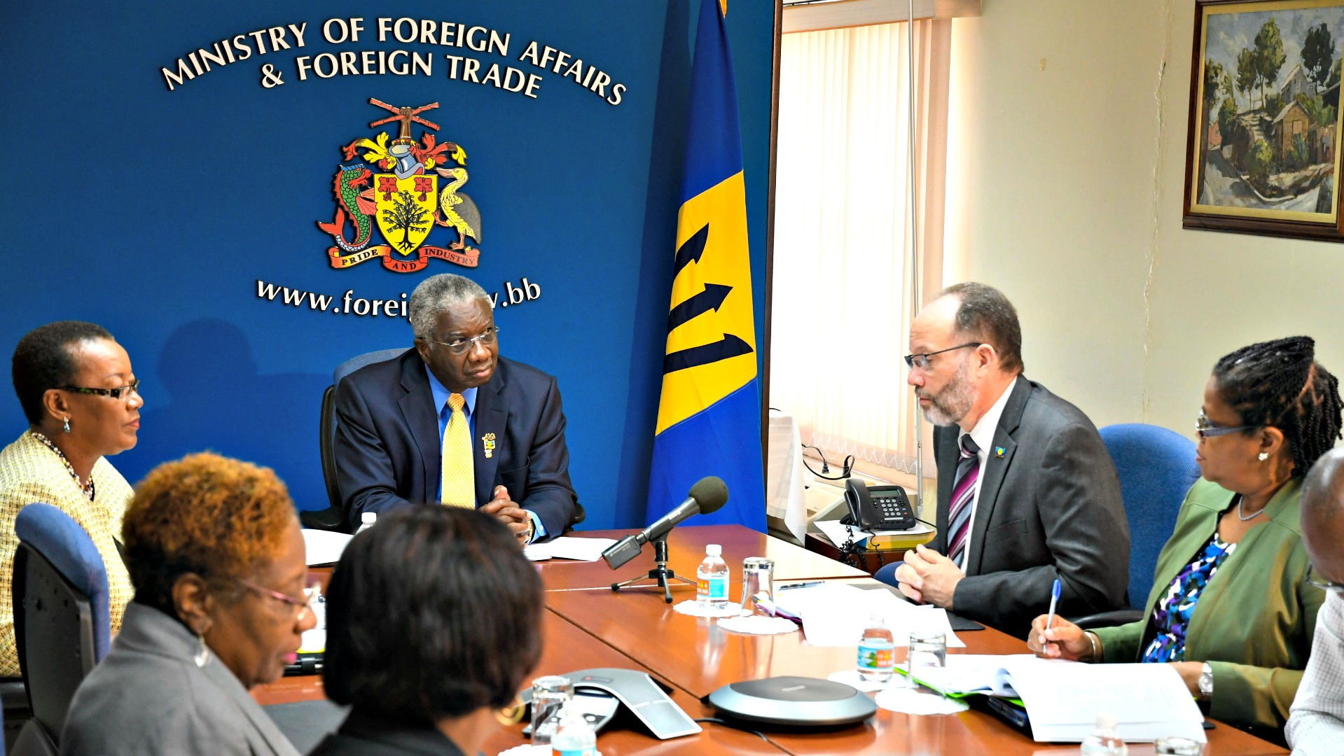 Prime Minister Freundel Stuart (at head of table), listens attentively to CARICOM Secretary-General, Ambassador Irwin LaRocque, during the meeting. To Ambassador LaRocque's right is Programme Manager for Culture and Community Developemnt at the CARICOM Secretariat, Dr. Hilary Brown. (RB/BGIS)