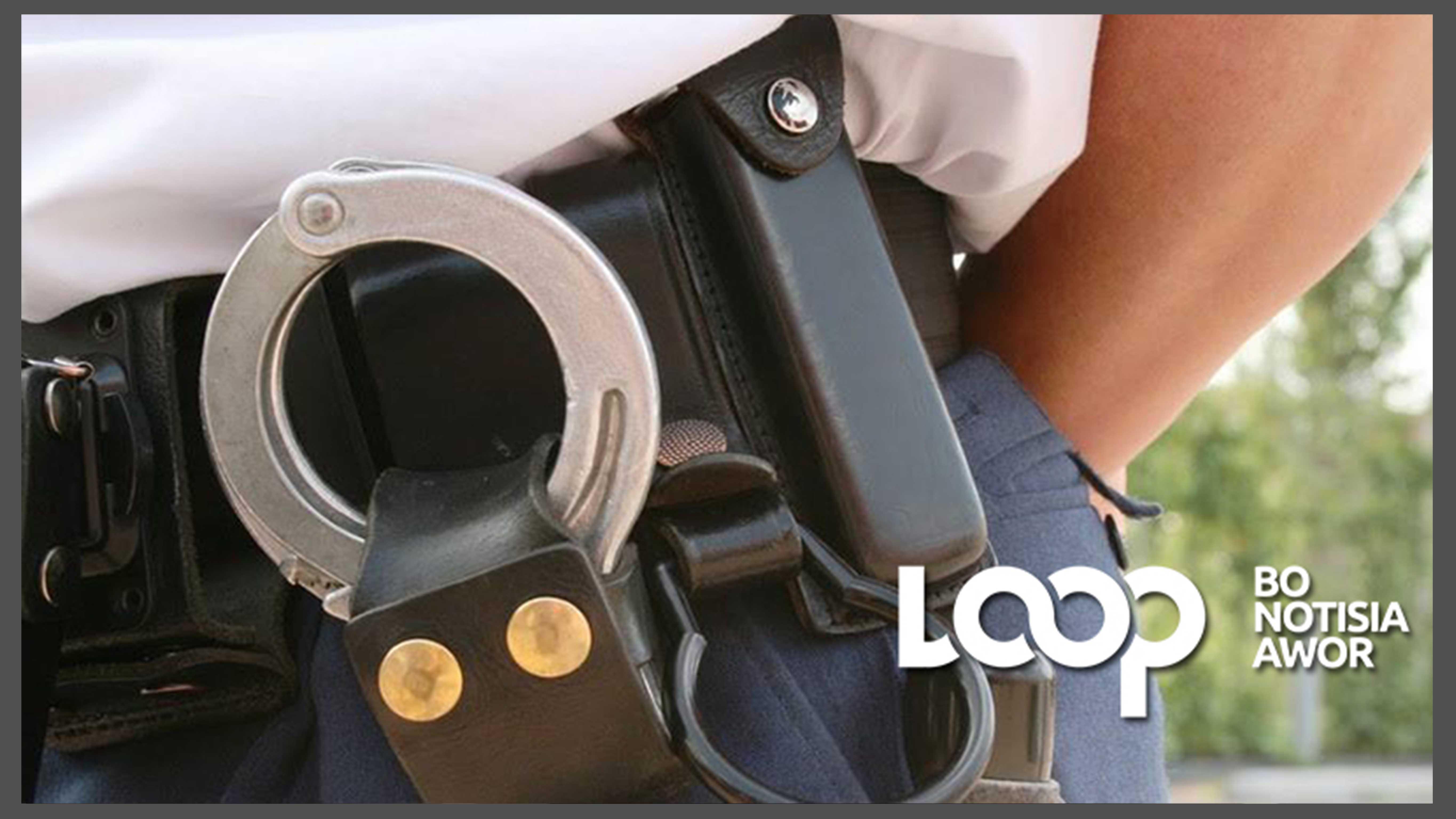 Polis a detené un hòmber sospechoso pa ladronisia di outo.