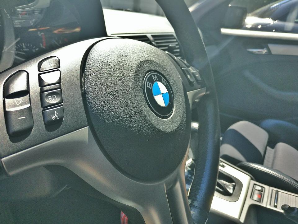 Vanaf mei vorig jaar werden in Friesland, Groningen en Drenthe zo'n dertig BMW's gestolen.
