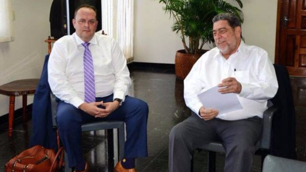 Former Chief Commercial Officer Lloyd Carswell (left) and Prime Minister Raph Gonsalves (right) (Antigua News Room)