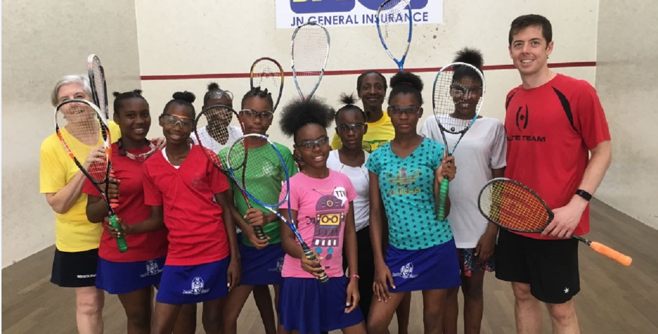 Penwood High School students who will be participating in the Jamaica Squash Association's (JSA) introductory squash training programme pose with seven-time All Jamaica Squash Champion, Chris Binnie, (far right),13-time All Jamaica Ladies Champion, Karen Anderson (third right) and JSA Junior Progamme Manager, Gill Binnie.