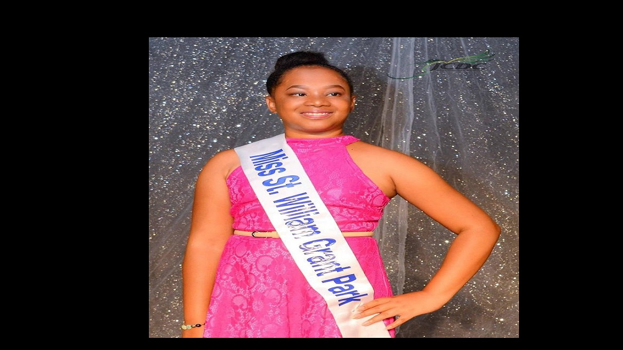 Samoya Jordon wears the sash 'Miss St William Grant Park'