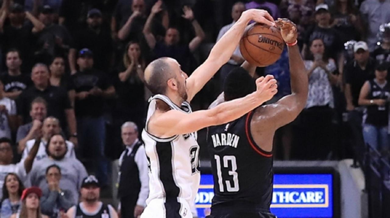 San Antonio Spurs veteran Manu Ginobili (left)