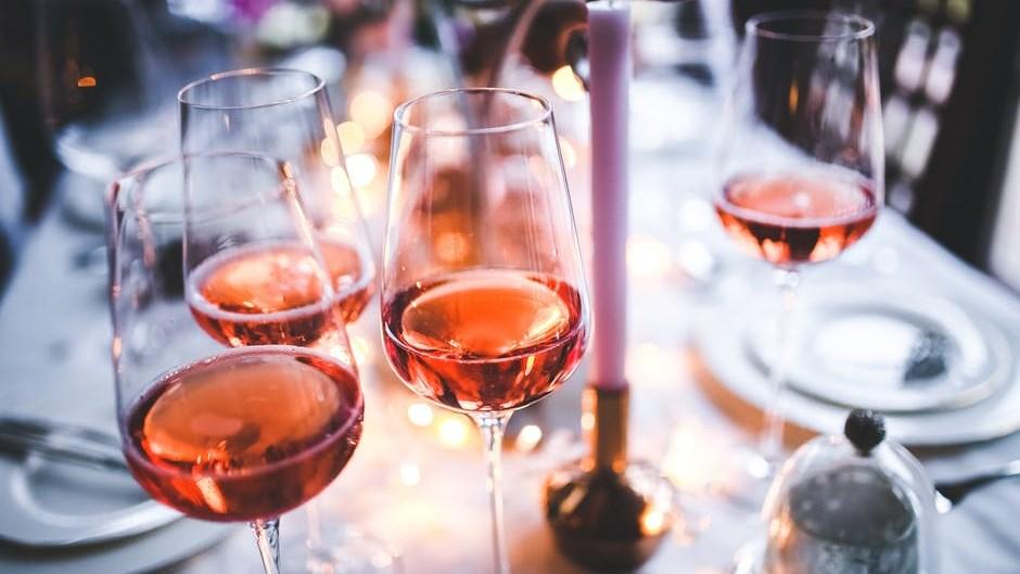 Door het alcoholgebruik neemt je hersencapaciteit nog sneller af!