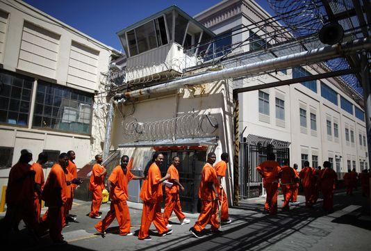 Avec 75, 560 $, un détenu en Californie coute plus cher qu'un an d'études universitaires à Havard. /Photo: Le Monde