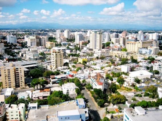Vue aerienne de Santo Domingo, capitale de la République Dominicaine./ Crédit photo: www.caribjournal.com
