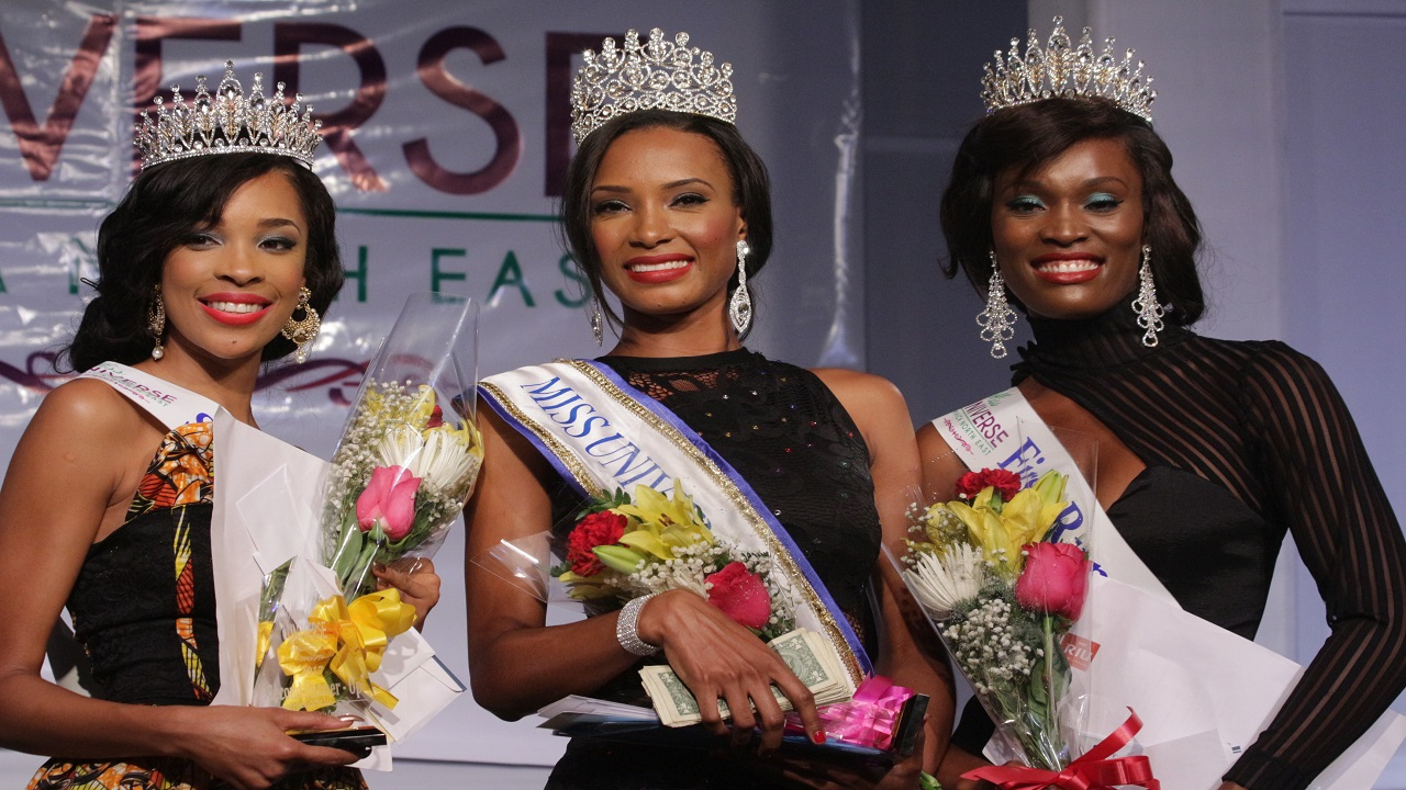 From L-R: Nekoda Dierick second runner up, Joddian Harper winner,  Camelia Gayle first runner up.