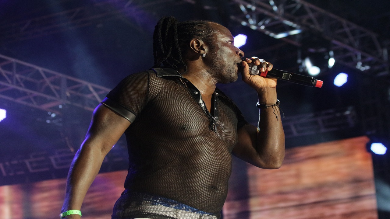 Mad Cobra during his well-received set at Reggae Sumfest. (Photo: Mad Cobra)
