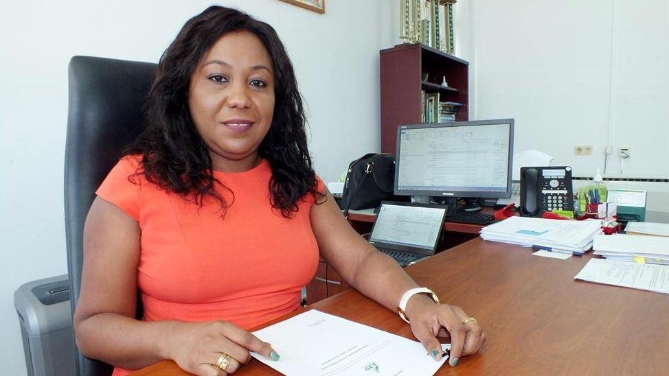 Claudia Marica-Redan, de nieuwe directeur van het Academisch Ziekenhuis Paramaribo