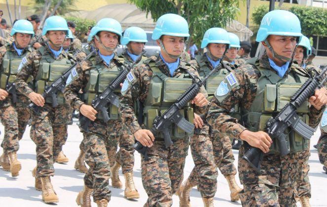 Soldats du contingent salvadorien de la MINUSTAH