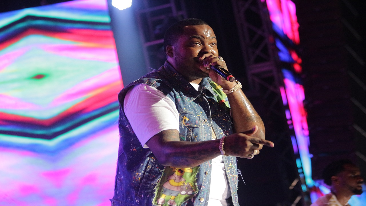 Sean Kingston during his performance at Reggae Sumfest on Saturday night. (Photo: Marlon Reid)
