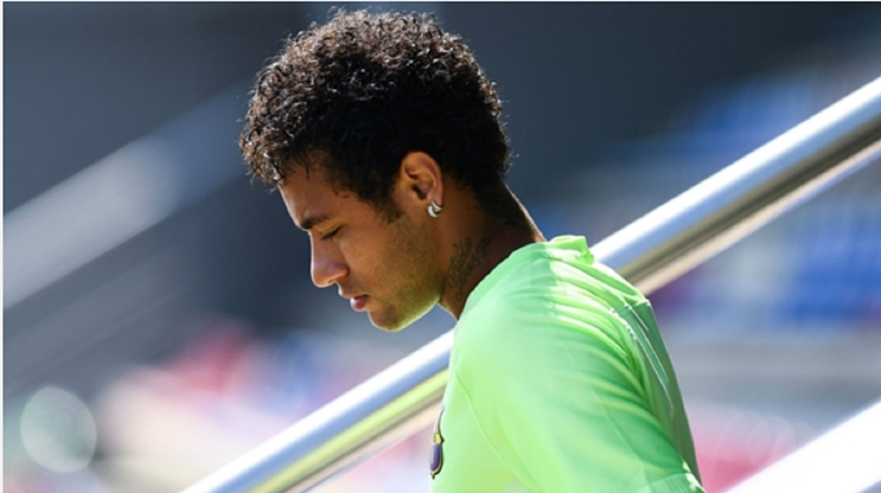 Neymar in Barcelona training.