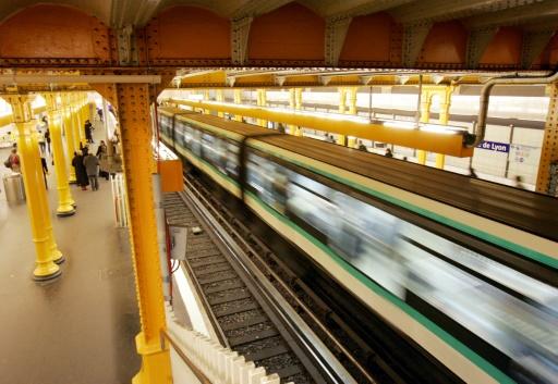 Une femme de 30 ans est morte dimanche à Lyon, percutée par un métro sous les yeux de son compagnon, après une chute sur les voies dont les causes restent à déterminer