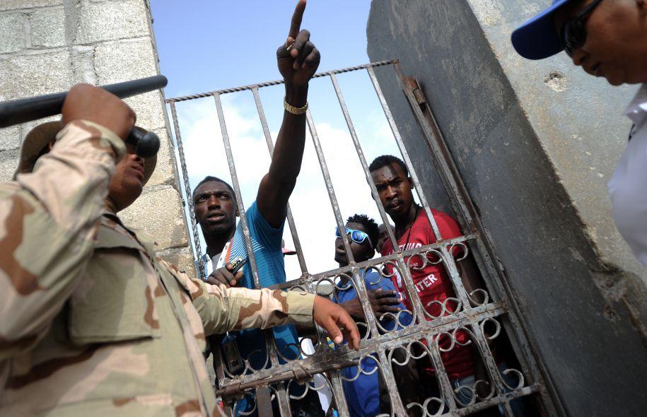 C'est plus de 200 000 migrants haïtiens qui sont expulsés vers Haïti depuis l'expiration en juin 2015 du Plan National de Régularisation des Etrangers./Photo: Le Devoir