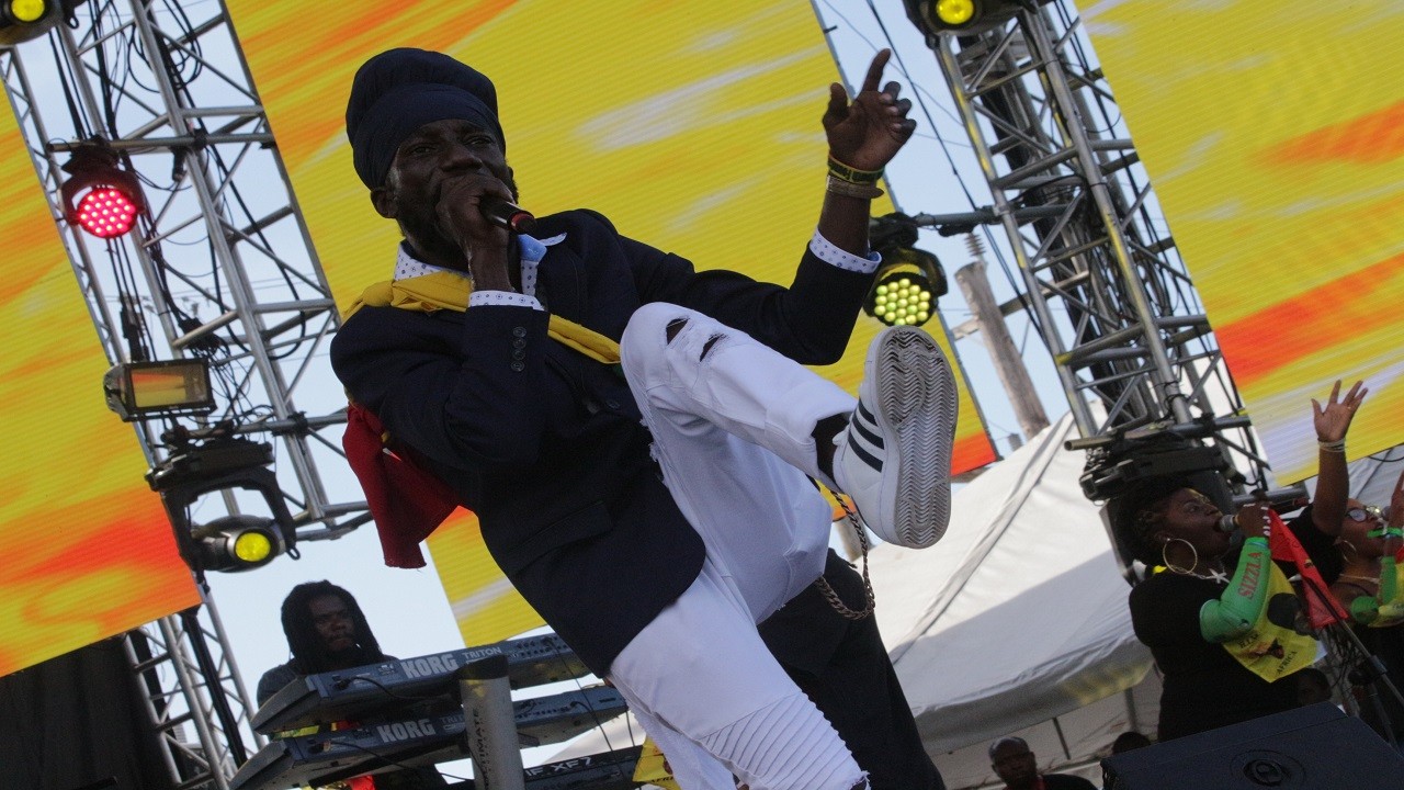 Sizzla Kalonji performs last Sunday as he brought the curtains down on Reggae Sumfest 2017. (PHOTOS: Marlon Reid)