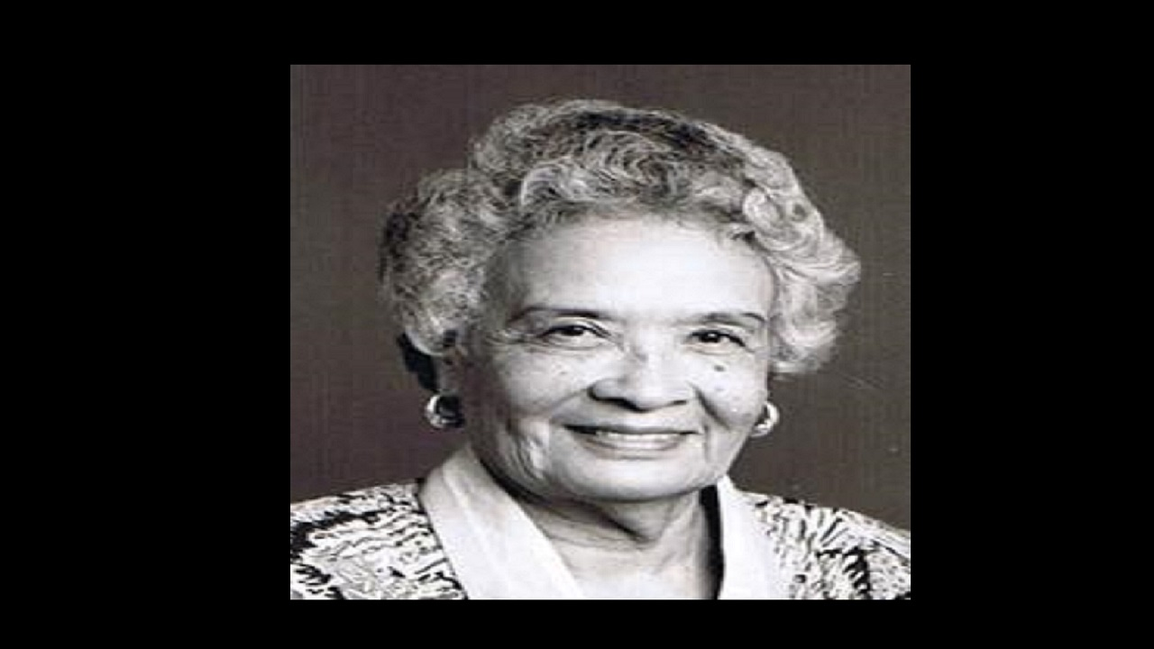 Lady Cooke died at the Andrews Memorial Hospital on Monday.