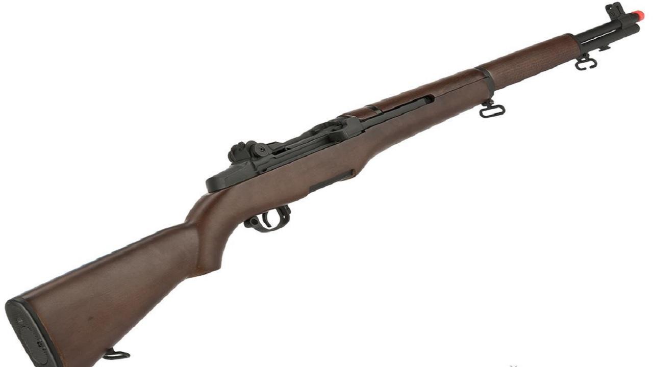 A M1 Garand rifle
