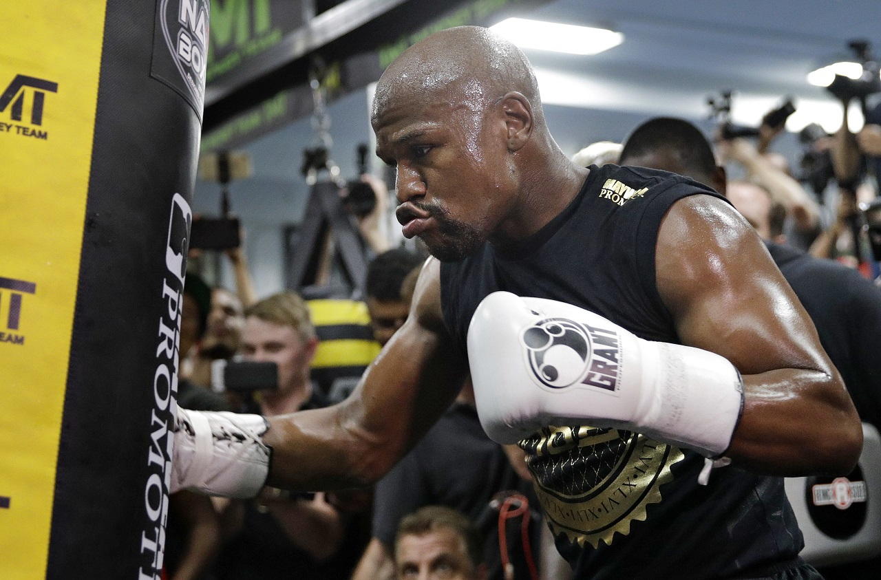 Floyd Mayweather Jr. trains at his gym Thursday, Aug. 10, 2017, in Las Vegas. Mayweather is scheduled to fight Conor McGregor on Aug. 26 in Las Vegas.