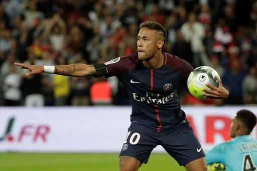 Neymar après son but contre Toulouse au Parc des Princes, à Paris, le 20 août 2017