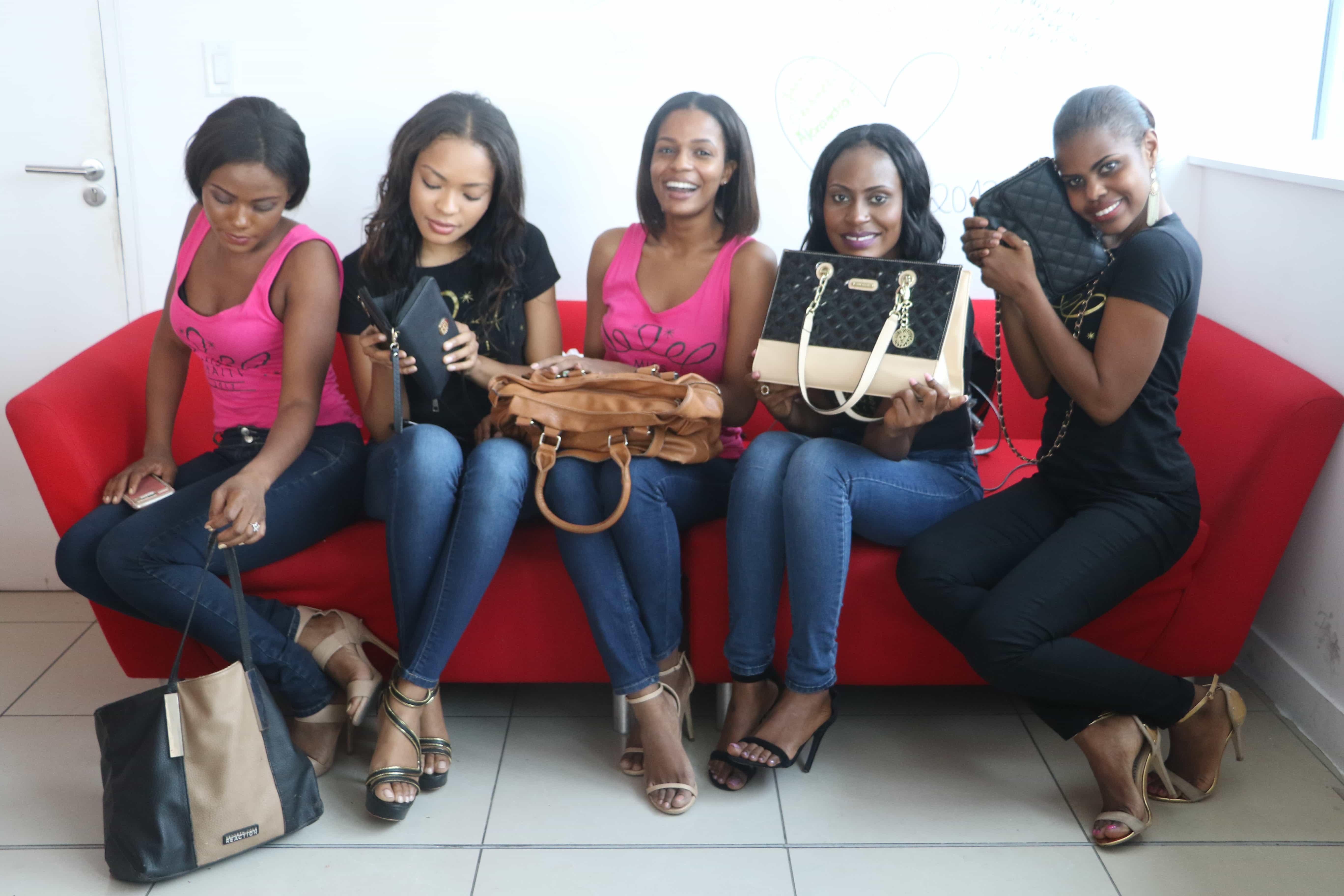 Cinq des candidates de Miss Haiti 2017