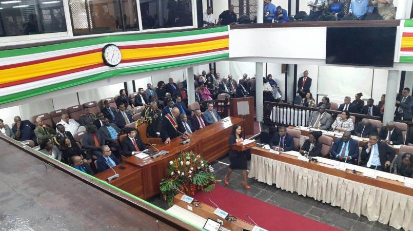 De begrotingen zijn dit jaar later dan normaal goedgekeurd in het parlement.