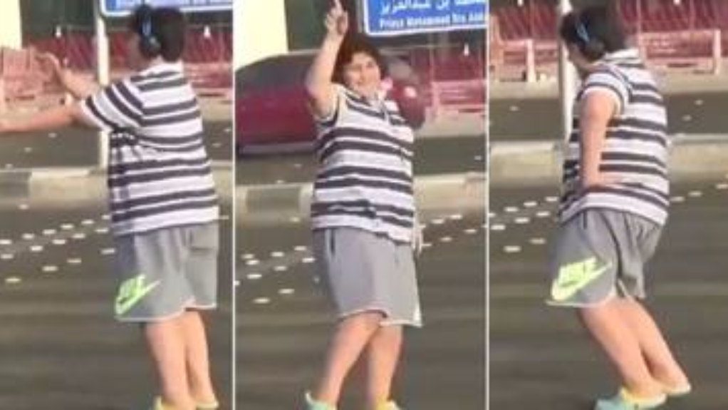 Teenage boy detained for dancing to the Macarena in Saudi Arabia