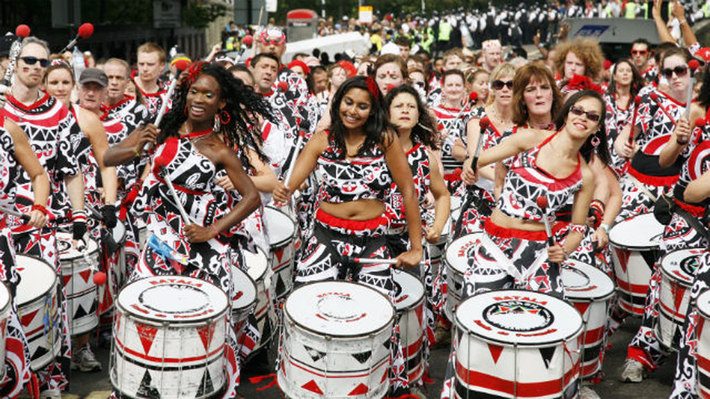 Police arrest at least 26 people in pre-Notting Hill carnival raids
