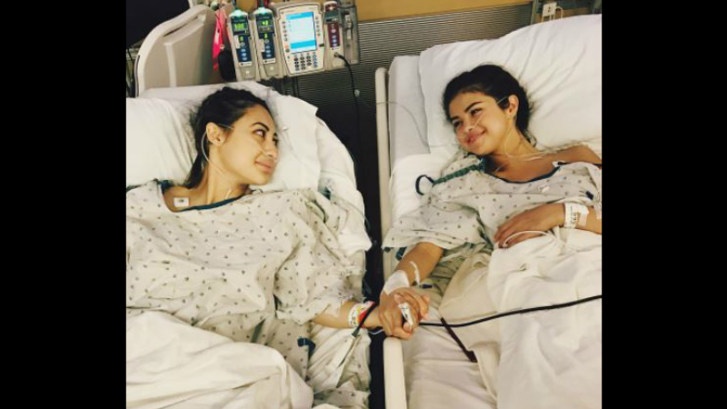 US actress/singer Selena Gomez (right) shared a photo with kidney donor television actress Francia Raisa on Instagram on Thursday.
