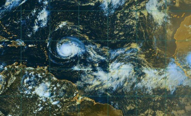 Irma toujours présent, Jose et Katia deviennent également des ouragans — Tempêtes