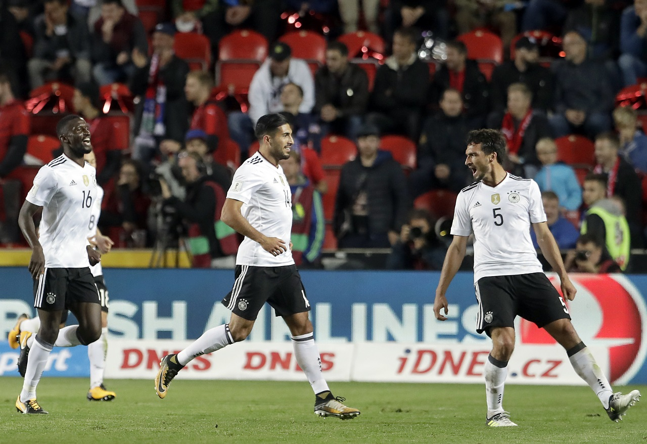 From right, Germany's scorer Mats Hummels and his teammates Emre Can and Antonio Ruediger, celebrate their side's 2nd goal during the World Cup Group C qualifying football match against Czech Republic in Prague, Czech Republic, Friday, Sept. 1, 2017.