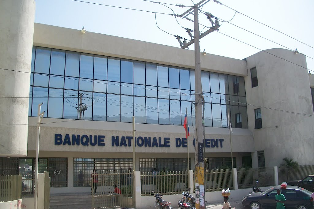 Banque Nationale de Credit BNC. Credit photo: Panoramio.