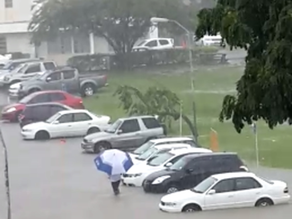 This image of the University of the West Indies (UWI) Cave Hill Campus, shows flooding in front of the bookstore.
