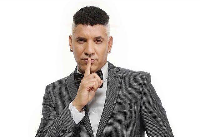 Le chanteur de Kreyol La Tjo Zenny.