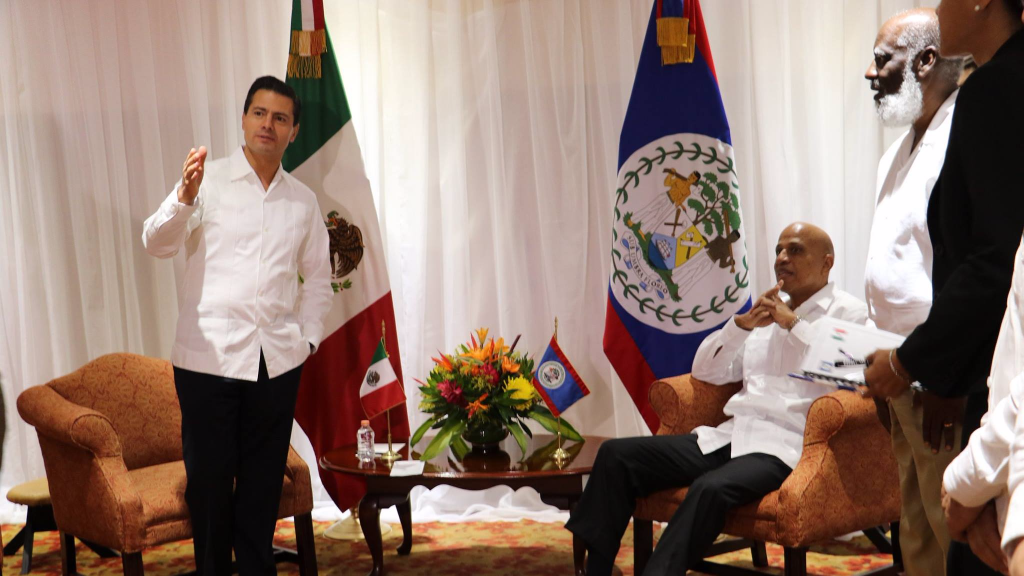 President of Mexico Enrique Peña Nieto arrives at the Radisson Fort George Hotel in Belize City for a Bilateral Meeting with the Prime Minister of Belize Dean Barrrow. Photo via Facebook, Government of Belize Press Office
