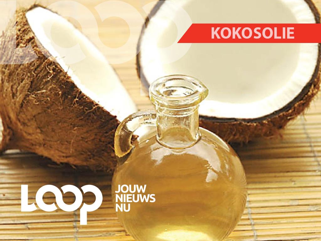 De douane stuitte tijdens hun controle op 230 milliliter vloeibare cocaïne, die verwerkt is in kokosolie, in een doos.
