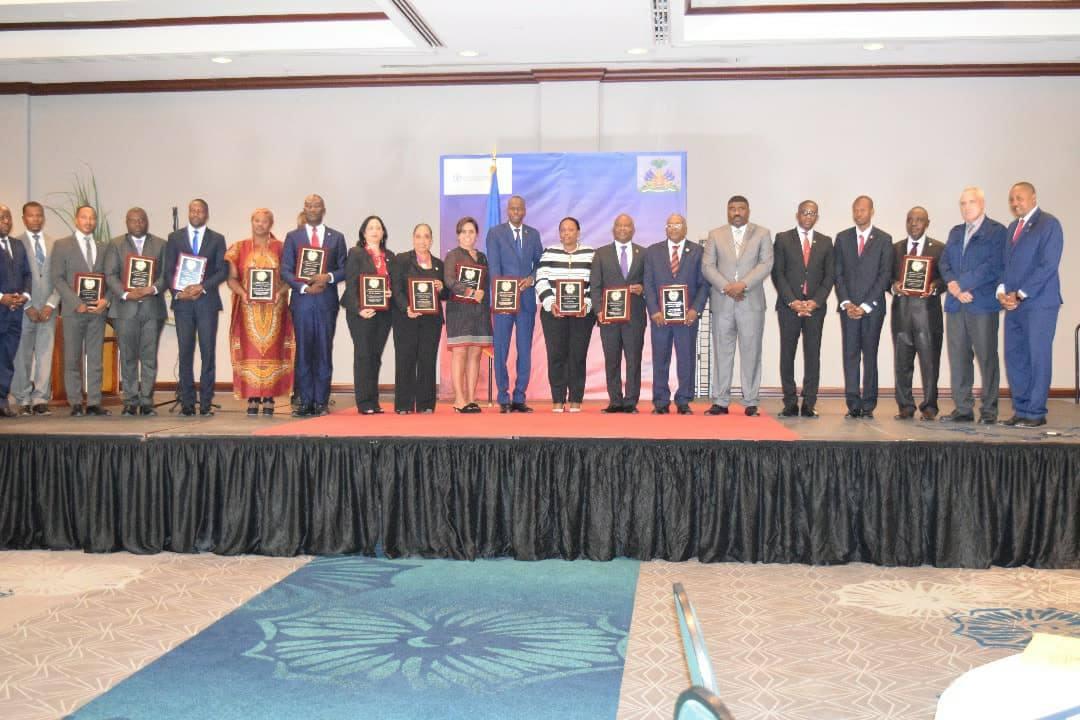 Cérémonie de lancement du Front Parlementaire contre la Faim en Haiti le 6 octobre dernier à l'hôtel Karibe. Crédit photo : FAO.