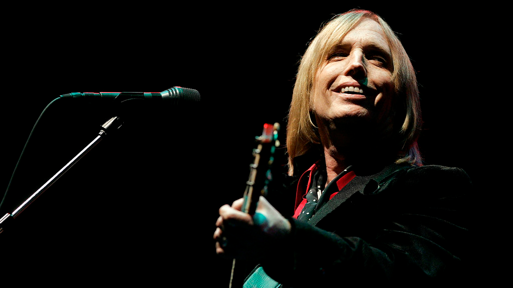 In this June 16, 2006 file photo, Tom Petty performs at the Bonnaroo Music & Arts Festival in Manchester, Tenn. (AP Photo/Mark Humphrey, File)