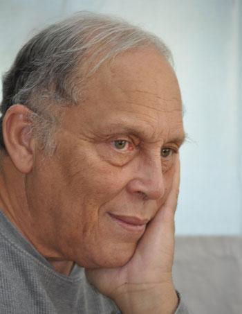 Le poète et romancier Josaphat-Robert Large./Photo: Jacob Fein-IleenIle