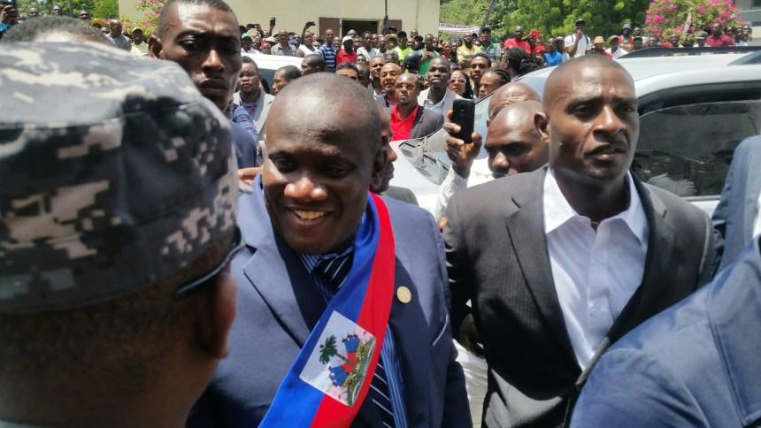 Le maire titulaire de la croix-des-Bouquets, Rony Colin. Crédit photo : Haiti Info Plus
