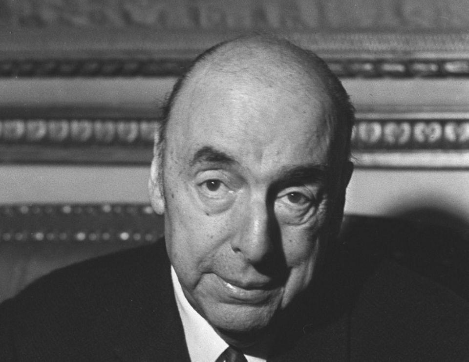 L'écrivain, poète et diplomate chilien, Pablo Neruda, le 21 octobre 1971