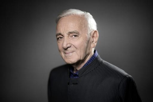 AFP/Archives / JOEL SAGET  Le chanteur Charles Aznavour pose pour l'AFP, le 16 novembre 2017 à Paris