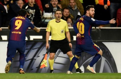 AFP / JOSE JORDAN  Lionel Messi, auteur d'un but non validé pour le FC Barcelone à Valence, le 26 novembre 2017