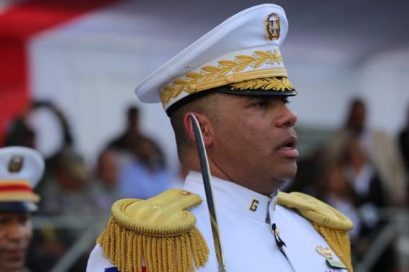Le commandant général de l'armée, Braulio Alcántara