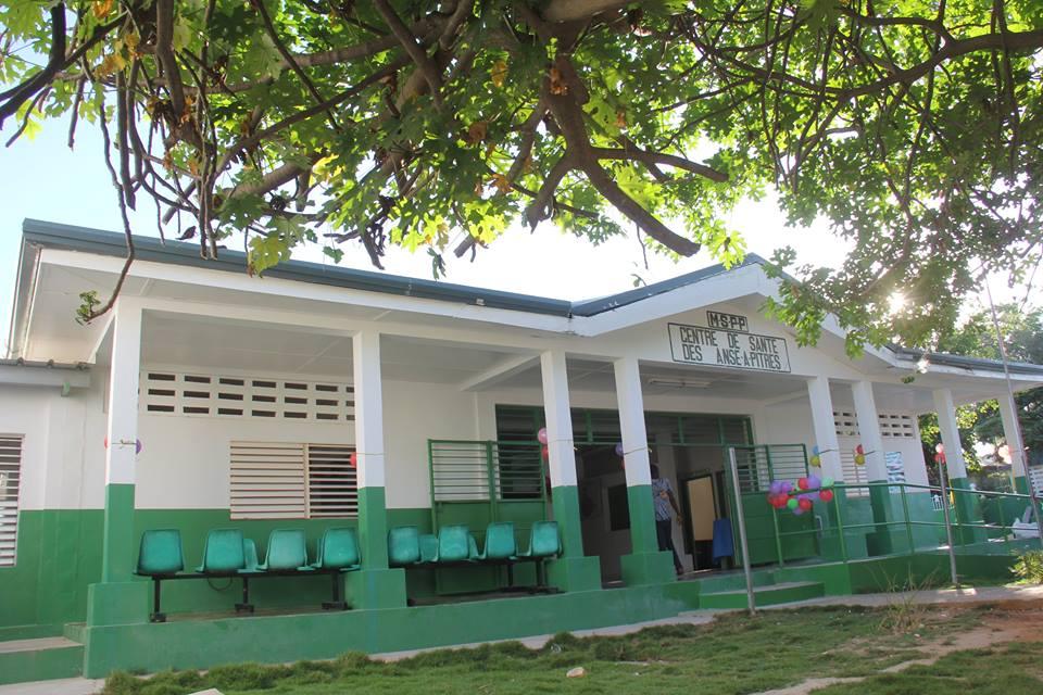 Façade du centre hospitalier de la communauté d'Anse-au-Pitre. Photo : Facebook MSPP.