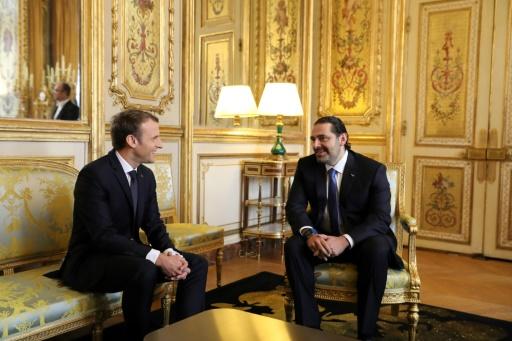 POOL/AFP / -  Le président Emmanuel Macron (G) et Le Premier ministre libanais démissionnaire Saad Hariri, le 18 novembre 2017 à L'Elysée à Paris