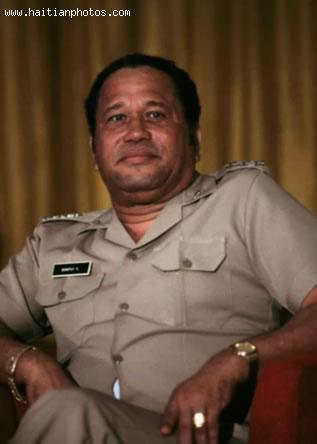 L'ex-général de l'armée d'Haiti, Henry Namphy./Photo: Haitianphotos.com