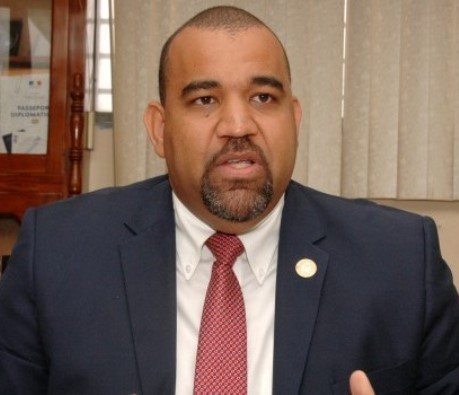 Le ministre de l'Intérieur, Max Rudolph Saint-Albin