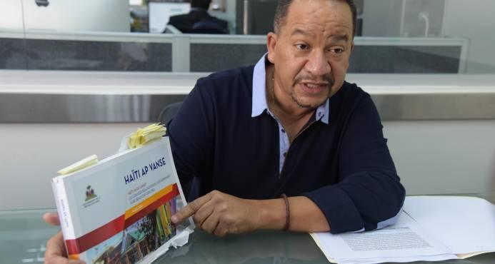 L'ingénieur José Elías Hernández García, représentant de la firme Hadom. Photo : Diaro Libre.