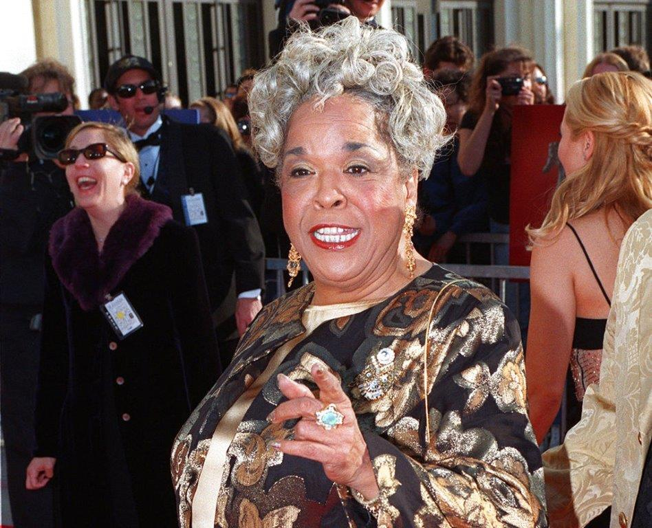 "In this March 8, 1998 file photo, actress Della Reese, nominated for best dramatic actress for her role in the television series ""Touched by an Angel"", arrives for the Screen Actors Guild Awards in Los Angeles. Reese, the actress and gospel-influenced singer who in middle age found her greatest fame as Tess, the wise angel in the long-running television drama ""Touched by an Angel,"" died at age 86. (AP Photo/Mark J. Terrill, File)"